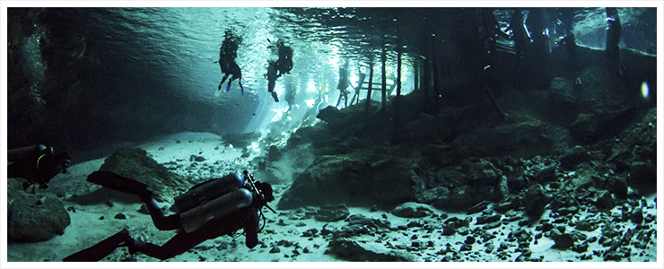 Cenotes - Höhlentauchen
