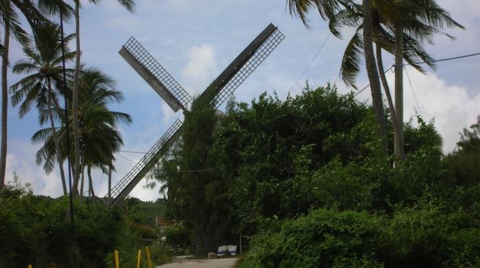 Bild: ©Deana Valorose / iStock - Windmühle in St. Andrews