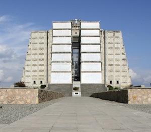 Bild: ©Lourina Cattel-van Os / iStock - Leuchtturm in Santo Domingo