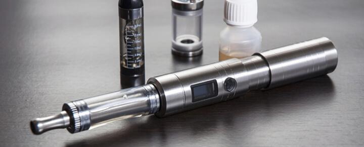 Einst Raucher, jetzt Dampfer: Hilfestellung beim Umstieg auf die E-Zigarette