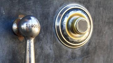 Schmuck und wichtige Dokumente schützen – die Lösung Wertschutzschränke und Tresore