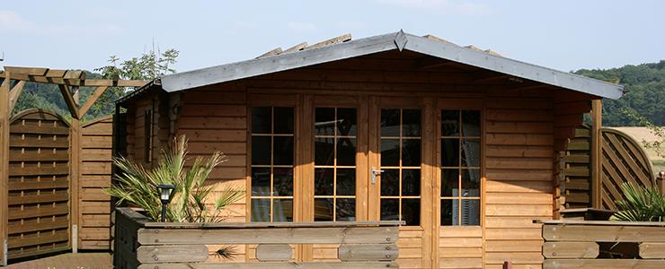 Einzigartige Holzhaus Ideen für den Familiengarten