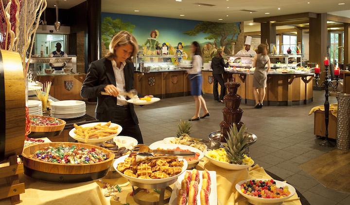DreamCastleHotel-Dinnerbuffet-C.Bielsa