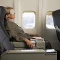 langestreckenflug schlaftipps