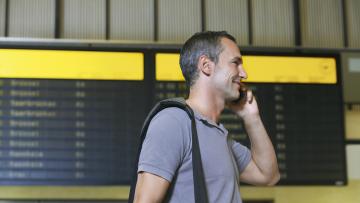 Unverzichtbarer Reisebegleiter – das Handy im Urlaub