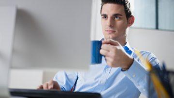 Gute Laune am Arbeitsplatz – Frisches Obst und leckeren Kaffee vom Chef