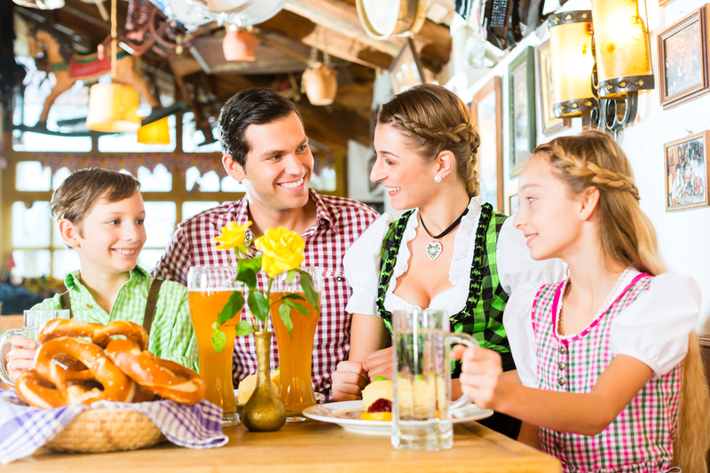 Oktoberfest mit der ganzen Familie | © panthermedia.net /Arne Trautmann