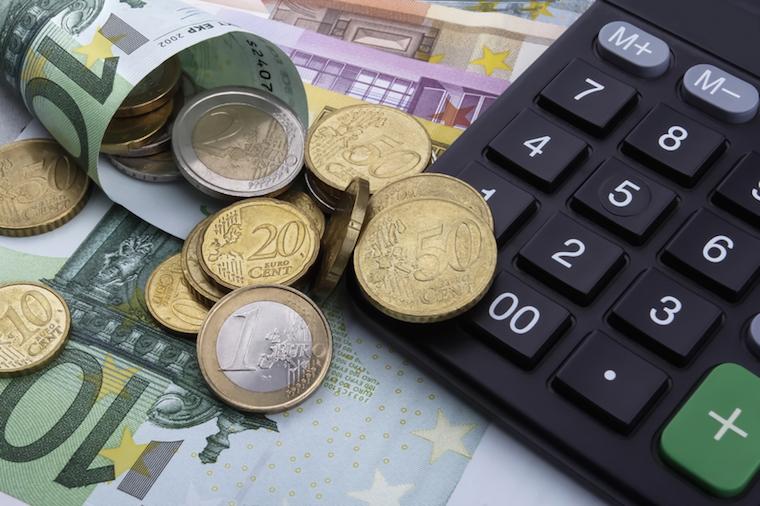 Steuerliche Vorteile genau rechnen | © panthermedia.net / Liang Ping