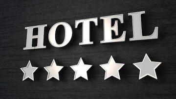 Vom Baumhaus in den Knast – Die 10 verrücktesten Hotels Deutschlands
