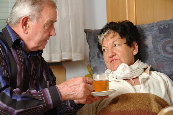 Tee und Bettruhe helfen | © panthermedia.net /Werner Heiber