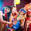 Karneval in Koeln feiern