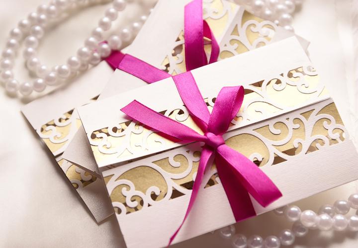 Einladung Hochzeit | © panthermedia.net /chiociolla