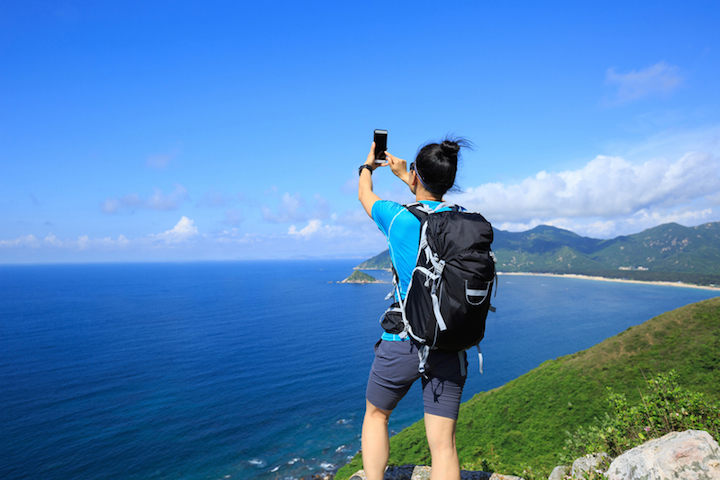 Reisen mit Smartphone | © panthermedia.net /lzflzf