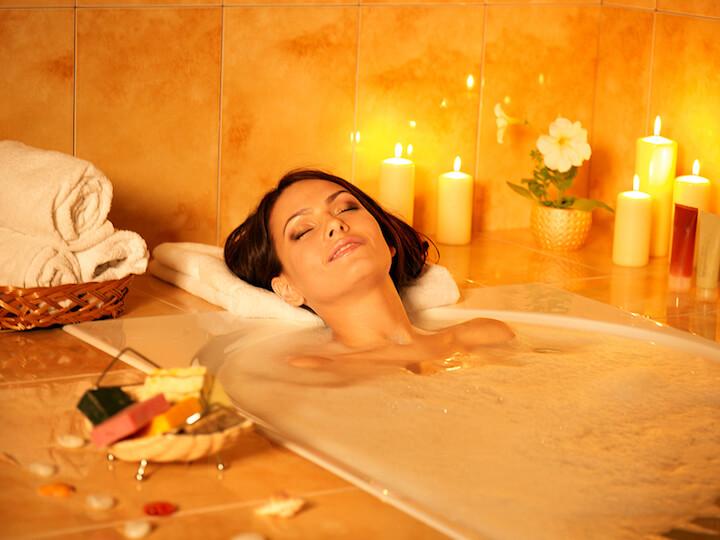 Ein entspanntes Bad nehmen |© panthermedia.net / poznyakov