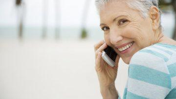 Auch im Alter erreichbar bleiben – Telefone und Handys für Senioren