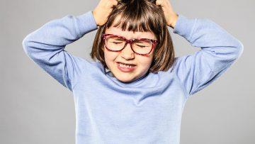 Läuse bei Kindern: Wie bekämpft man die Plagegeister?