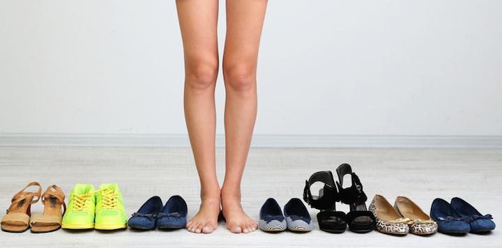 Die richtigen Schuhe finden   © panthermedia.net /belchonock