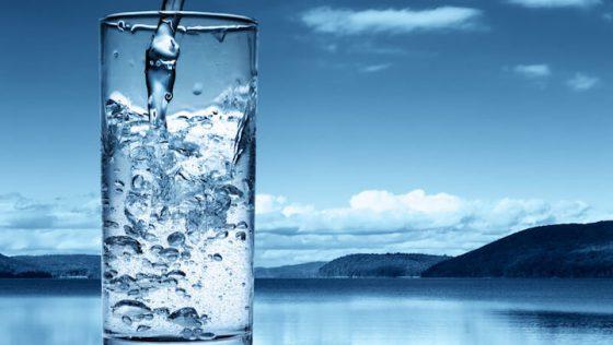Wassermangel – So erkennt und verhindert ihr eine Dehydrierung