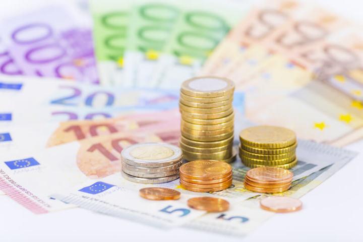 Dank Tarifwechsel Geld sparen | © panthermedia.net /Martin Schlecht