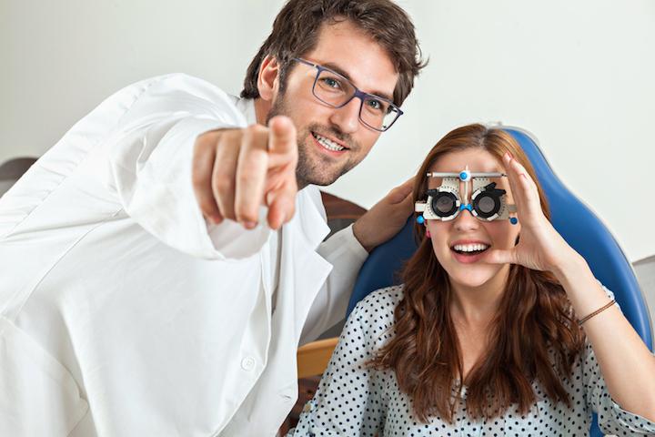 Augenarzt | © panthermedia.net /Dangubic