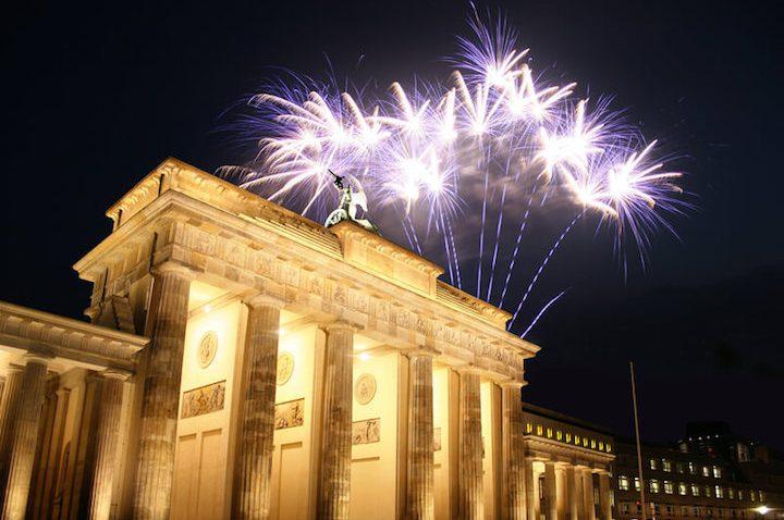 Ein prickelnder Silvestertrip nach Berlin – So feiert der Gentleman mit Stil den Jahreswechsel