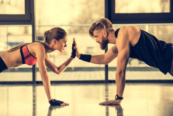 Frau und Mann trainieren | © panthermedia.net /AndrewTovstyzhenko