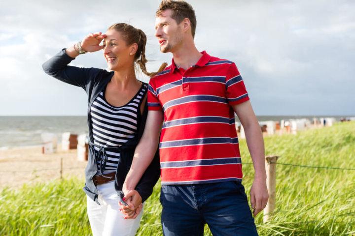 Paar auf einem Spaziergang | © panthermedia.net /Arne Trautmann