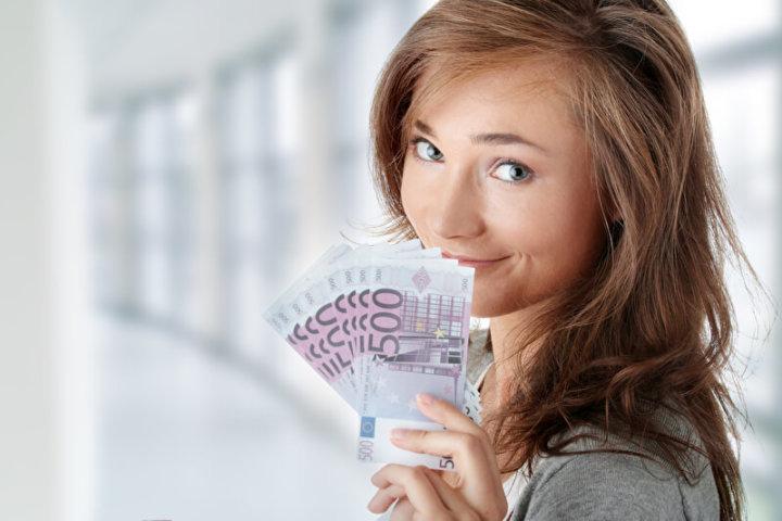Sparen für das Auslandsjahr | © panthermedia.net /Piotr Marcinski