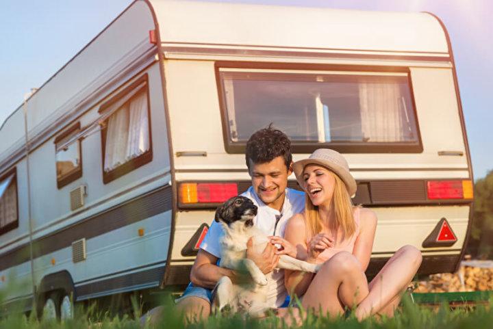Urlaubstrip mit Hund | © panthermedia.net /halfpoint