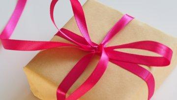 Ein originelles Geburtstagsgeschenk mit persönlicher Note finden? – So klappt's!