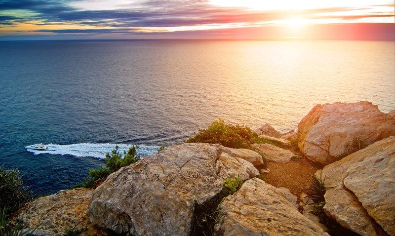 Auf den Meeren vor Mallorca – Tolle Reiseangebote für Mallorca auf Yacht, Segelboot und Co.