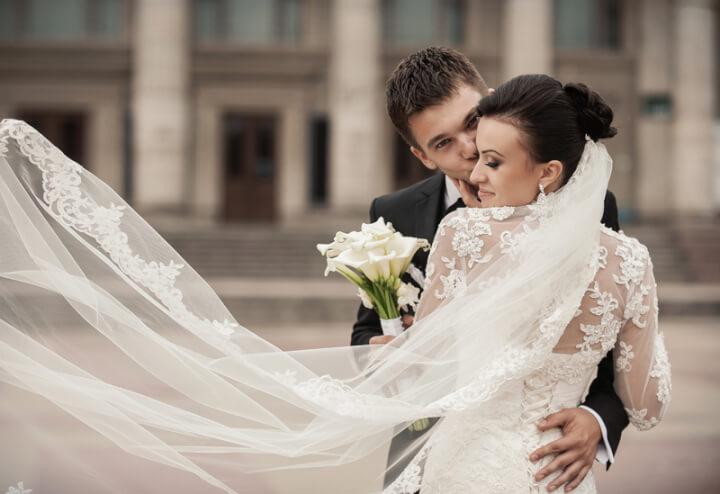 Hochzeit Schloss | © panthermedia.net /sharshonm